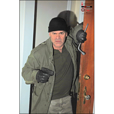 home invasion scenario essay Home its urban kit the urban kit is our solution for the tools needed during escape and evasion or a home invasion scenario to escape from illegal restraint this kit was not designed to thwart law enforcement or endanger those protecting our streets daily.